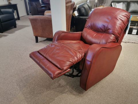 43012 Yates Rocker Recliner