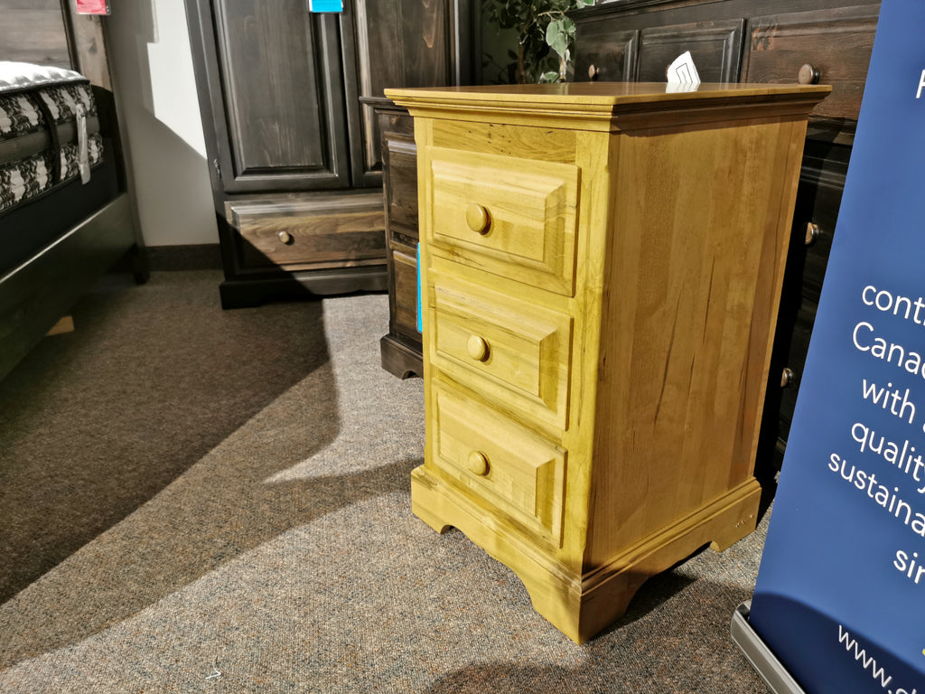 282 Thomas 3-Drawer Night Stand