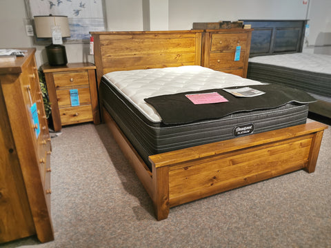 850 Rough Sawn Bed