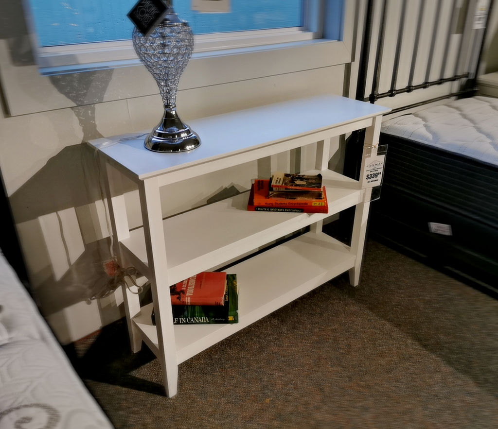 Quadra Short Bookshelf