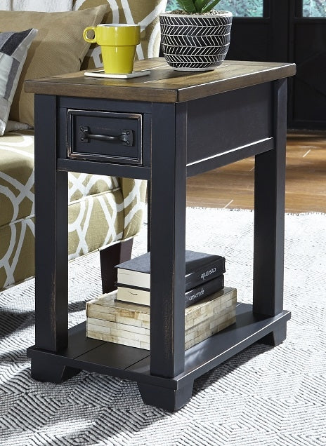 2218 Chairside End Table