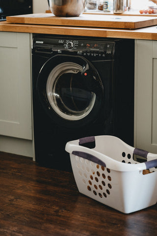 laundry with natural laundry detergent at home