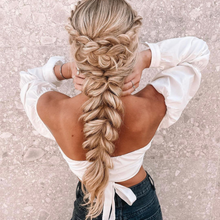 "Load image into Gallery viewer, 20"" Ponytail Champagne Highlight Blonde"