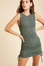 Load image into Gallery viewer, Robin's Round Neck Sleeveless Mini Dress