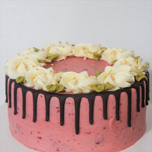 Load image into Gallery viewer, Sweet Heart Cake (Nut-Free) 6""