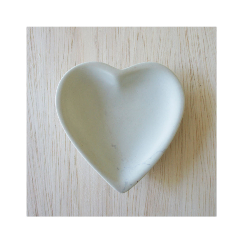 Hand-carved Soapstone Heart Dish - Natural