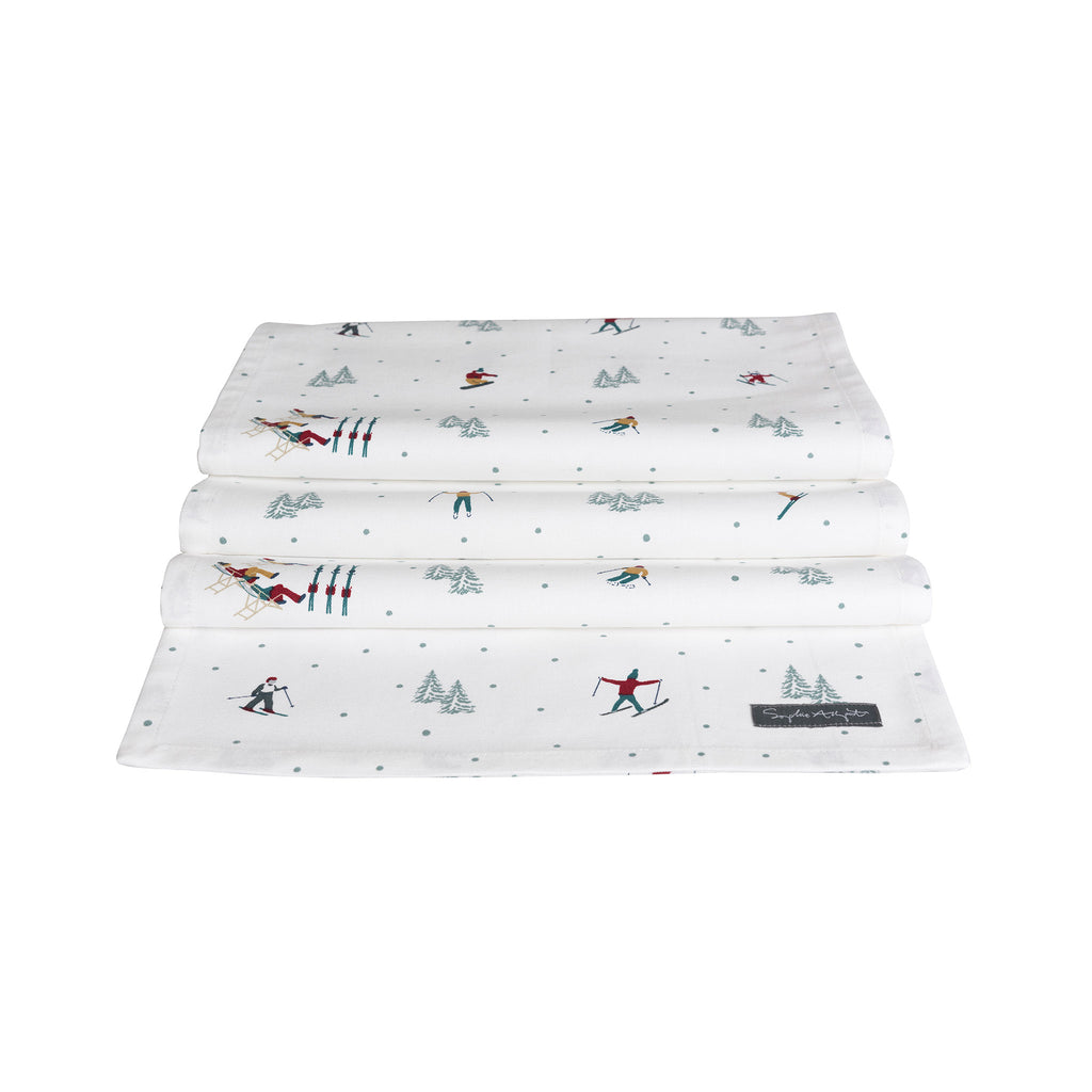 Skiing on the Piste Table Runner