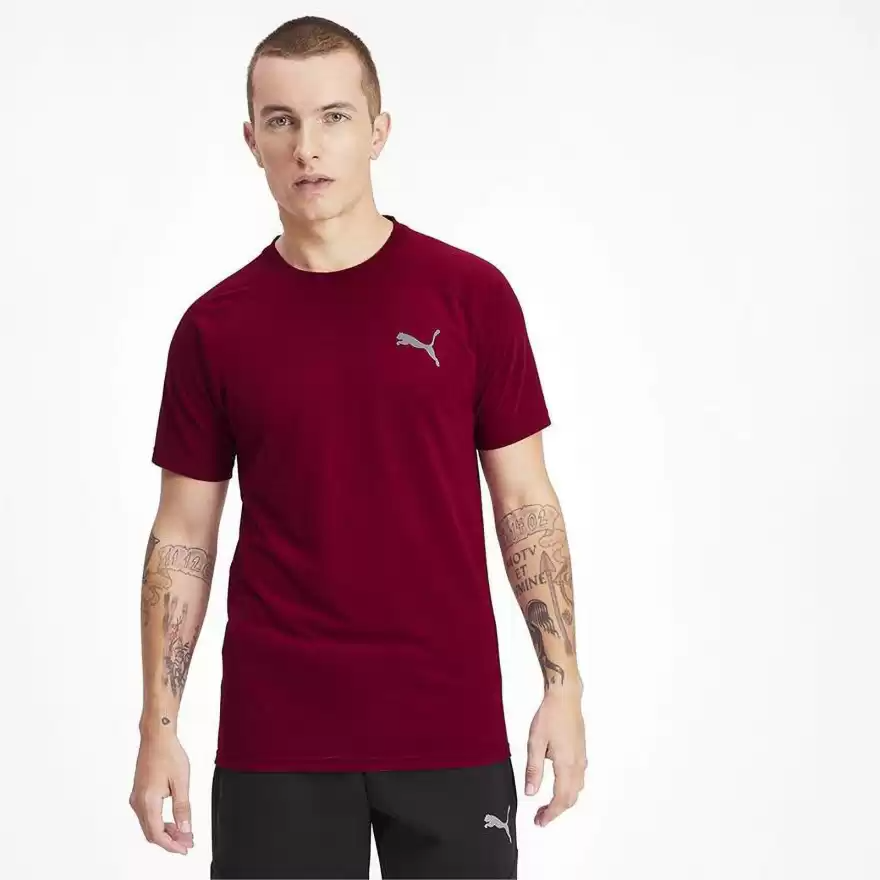 Men Burgundy Solid Round Neck Training T-shirt