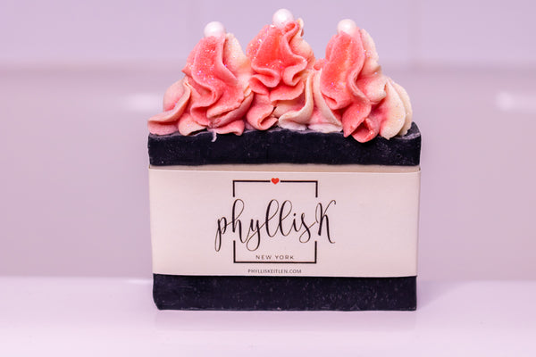 Beautiful handmade soaps, the perfect gift for the Holidays