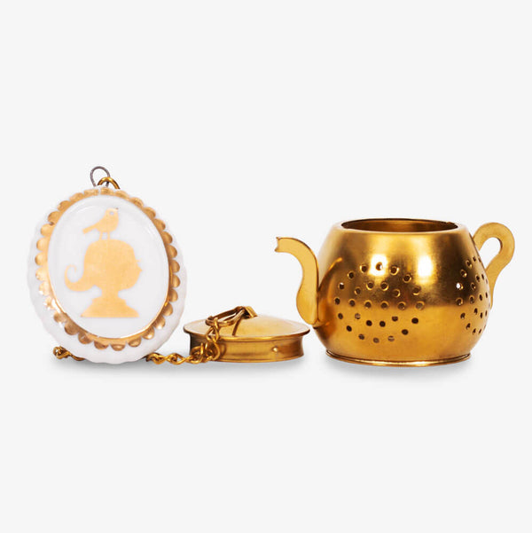 Pip Studio Royal White Collection Medallion Tea Infuser - Infuser with lid off