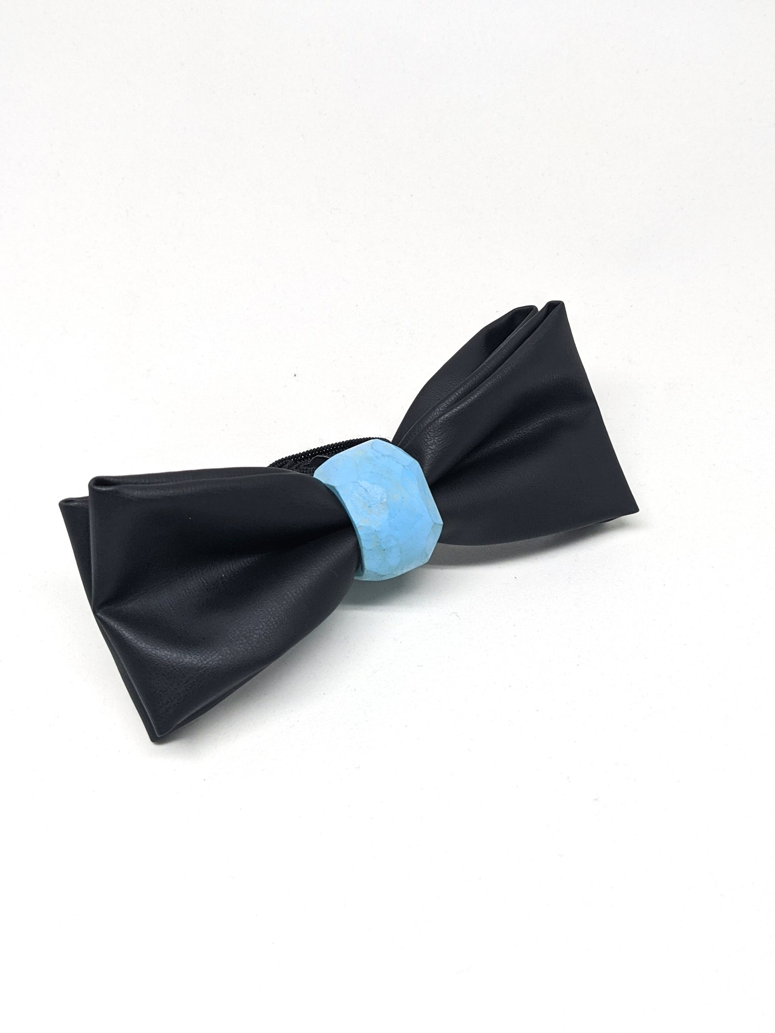 The Maximus Cactus Leather Bowtie