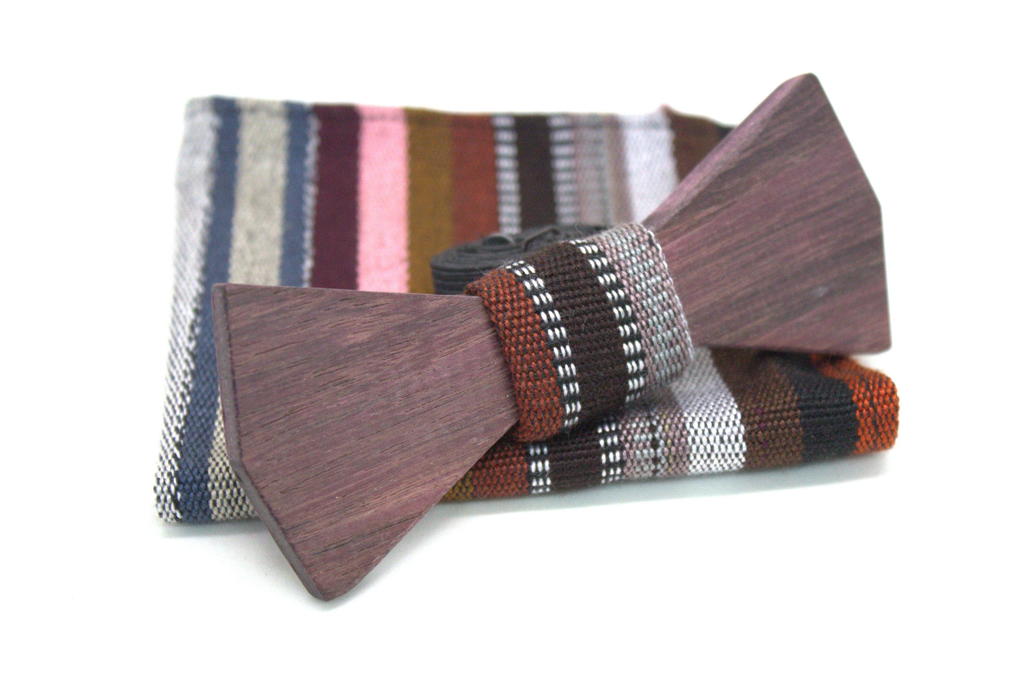 The Yaluc Roots Wooden Bow-Tie