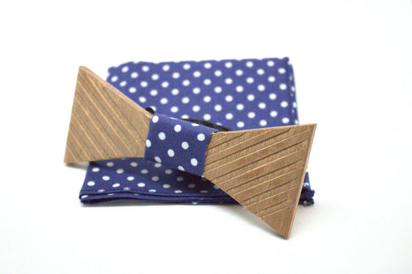 Wooden bow tie sapelli Stripped with polka dot