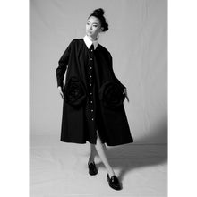 Load image into Gallery viewer, Black Rose Pocket Trapeze Shirt Dress