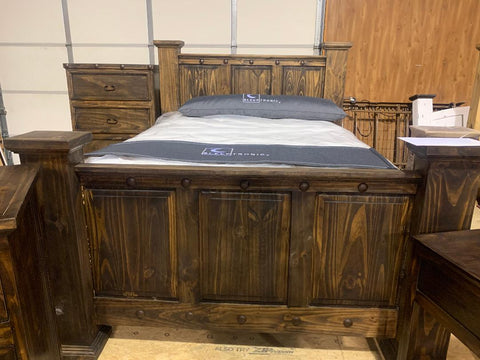 Solid wood rustic bed