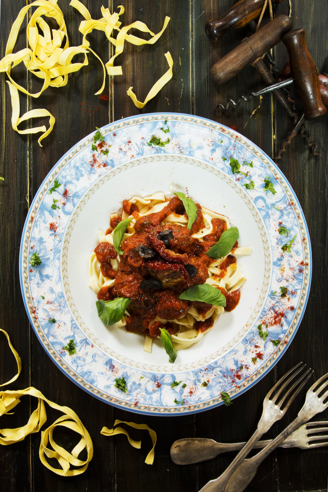Italian Black Olive & Sundried Tomato with Tagliatelle