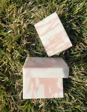 Load image into Gallery viewer, Grapefruit & Mangosteen Goat Milk Soap Bar