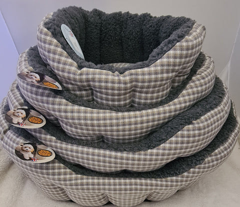 Snug and Cosy Softie Dog Bed - Grey