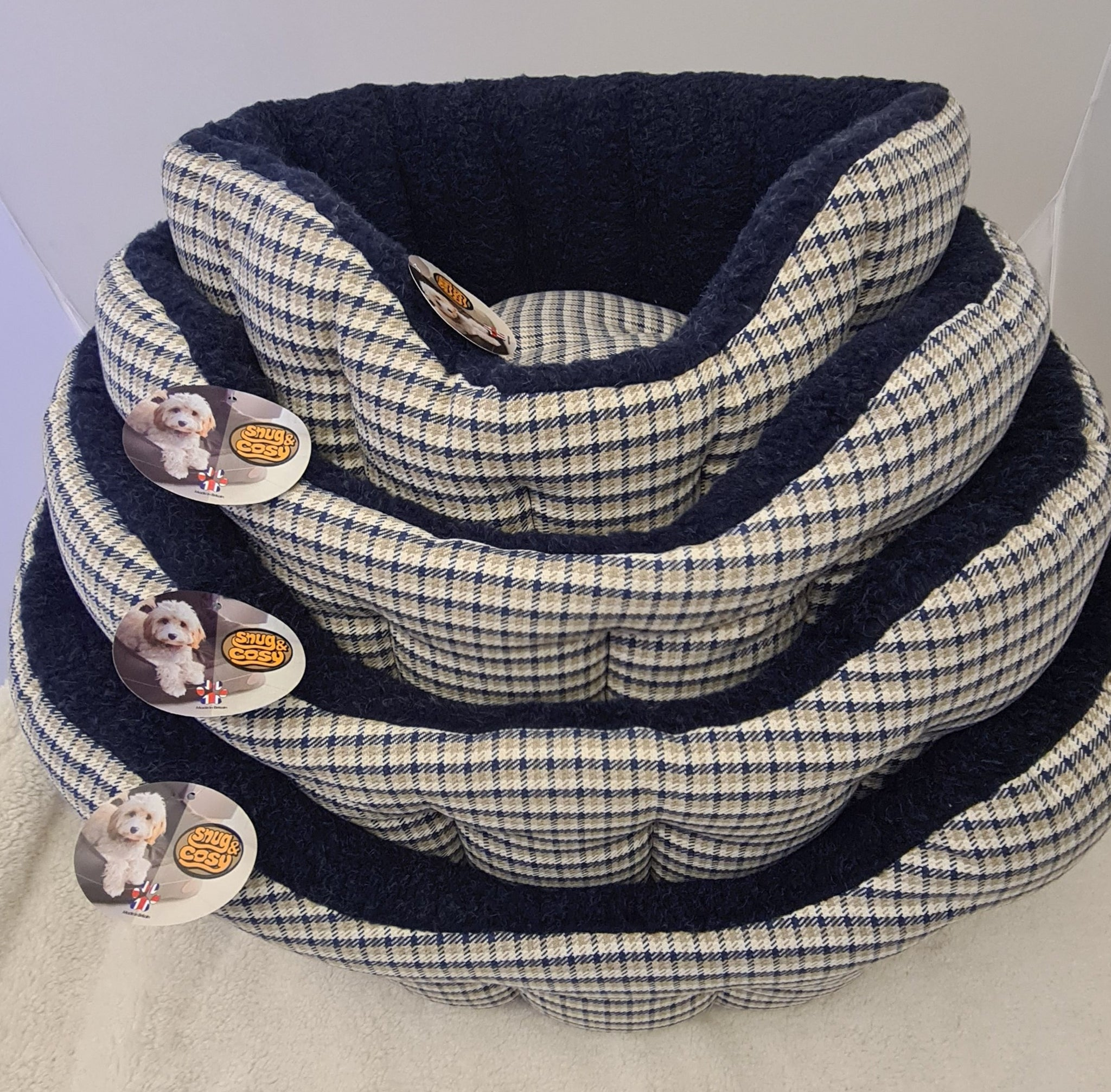 Softie Snug and Cosy Dog Bed Navy
