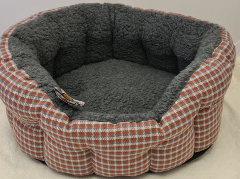 Snug and Cosy Dog Bed Softie Red
