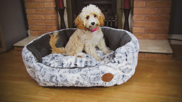Snug and Cosy Softie Fur Pet Bed