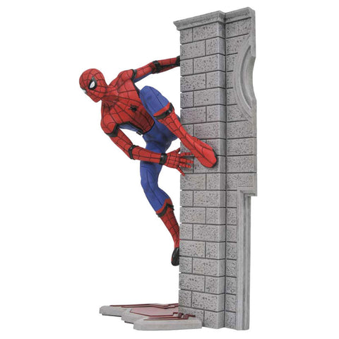 Figura Marvel Movie Gallery Homecoming Spider-Man