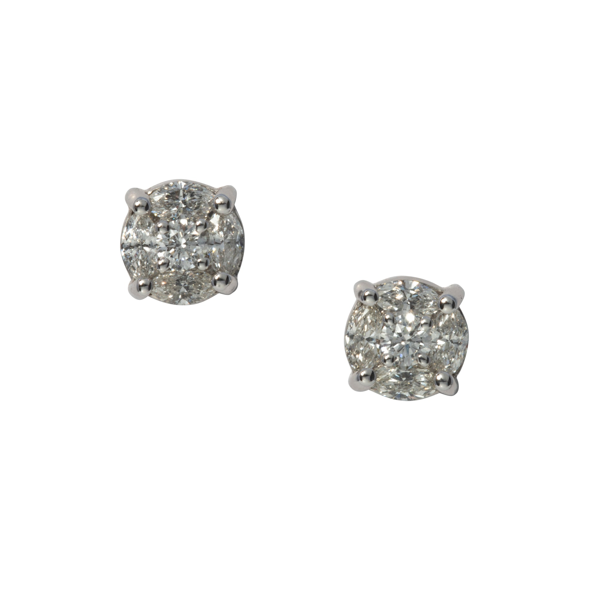 1.04ct Diamond Cluster 14K White Gold Stud Earrings