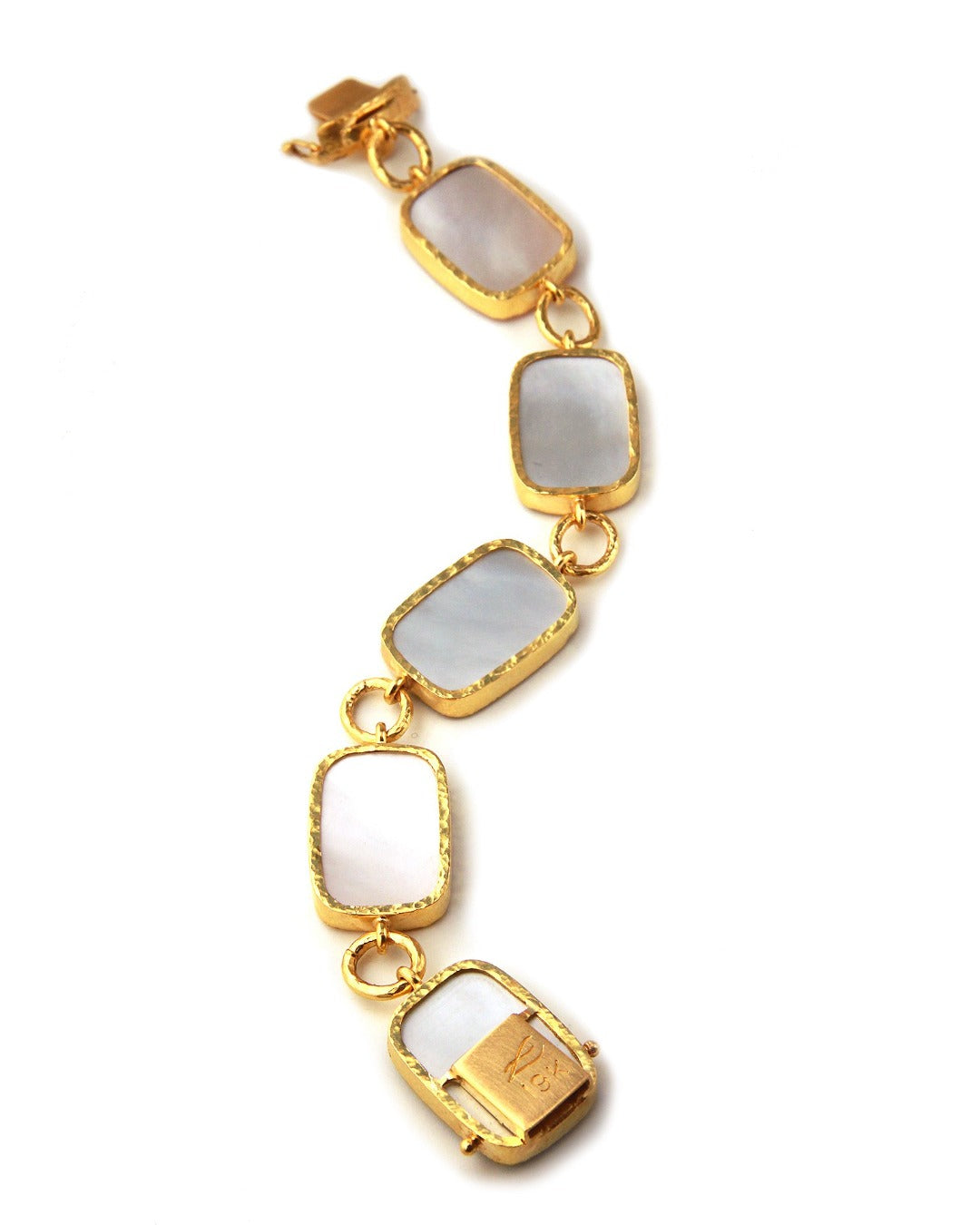 Elizabeth Locke New Muse Neutral Venetian Glass Intaglio Bracelet