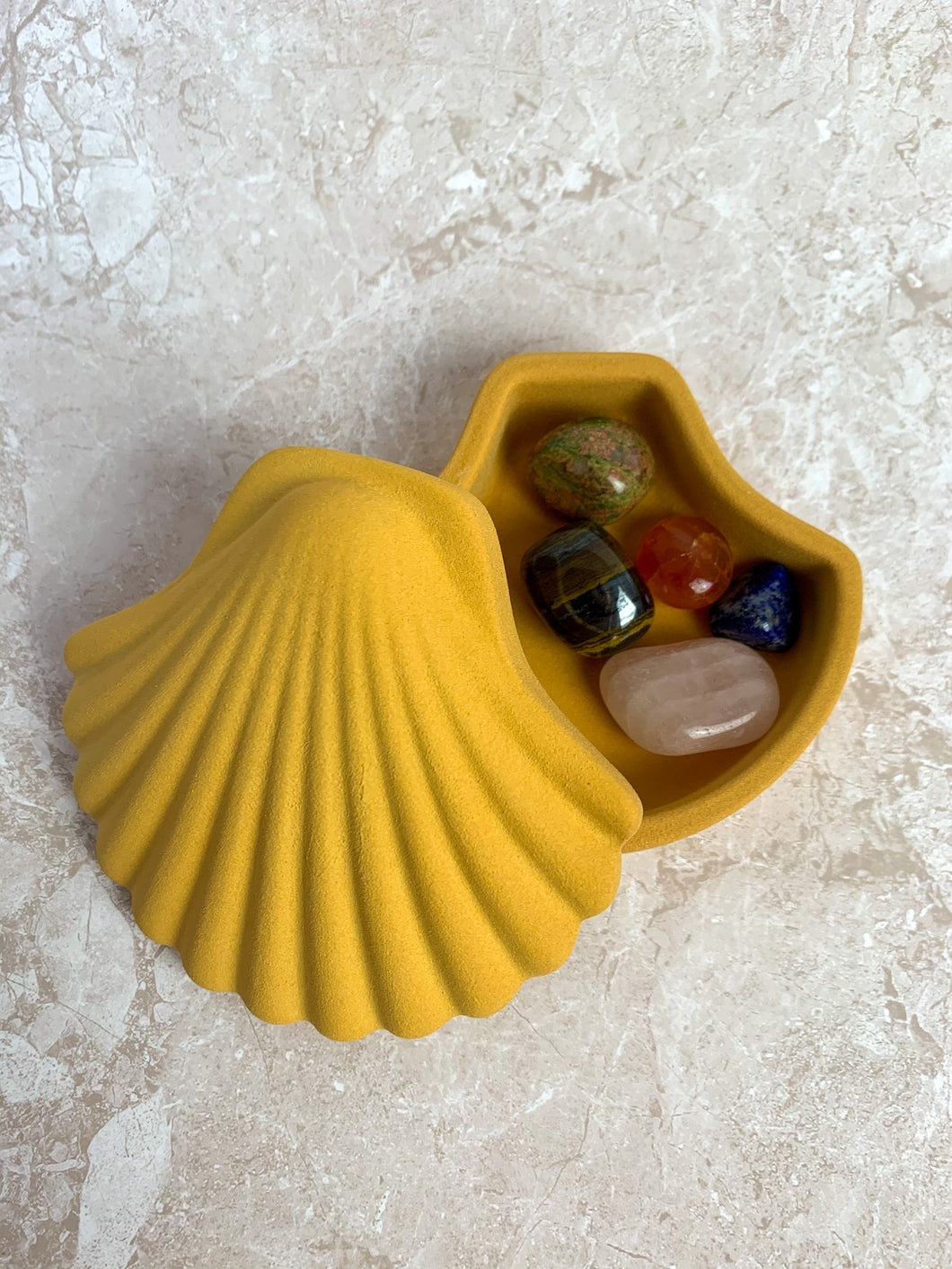 Seashell Trinket Box by Los Objetos Decorativos