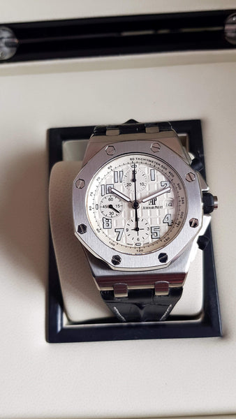 AP Royal Oak Offshore White  Dial  1:1 Best Editon - only best watches