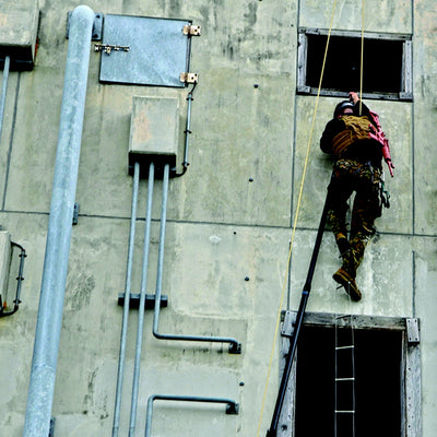 Atlas-Devices_Training-and-Support_Vertical-Assault-Climbing