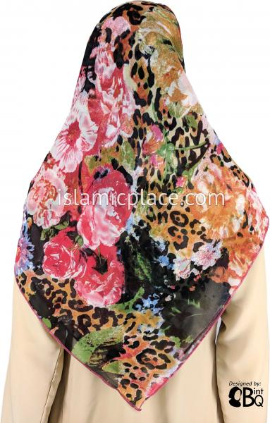 "Water Color Inspired Red Black Green and Burnt Orange - 45"" Square Printed Khimar"