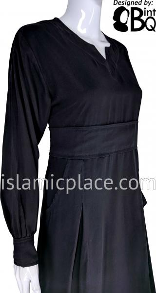 Black - Azeeza Pocket Style Abaya by BintQ - BQ277