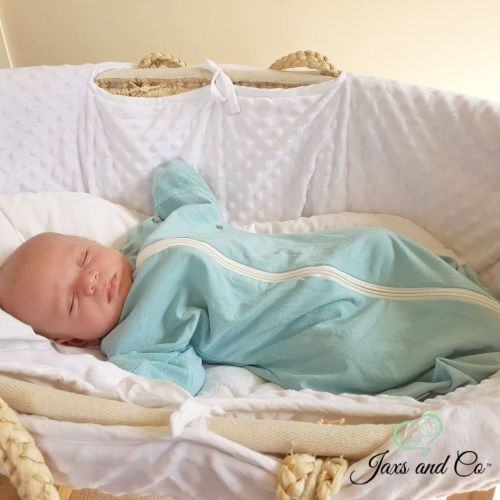 What Is The Startle Reflex, And how can the Angel Sleep Sack Help Prevent It.