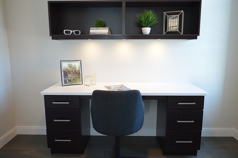 Popular Desk Shapes for Your Home Office