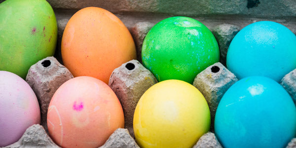 Dye Easter eggs together
