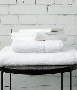 Finn Bath Towel - White
