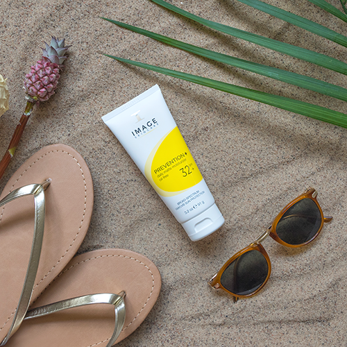 PREVENTION+ daily matte moisturiser SPF 32+