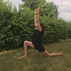 front yoga lunge