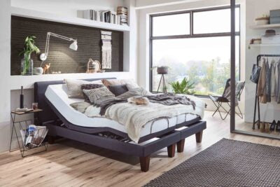 Ergomotion 390 Adjustable Bed