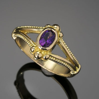 Amethyst Oval Classical Ring