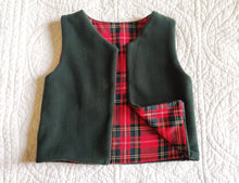 Load image into Gallery viewer, Baby Green and Red Fleece Vest 2 Years