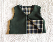 Load image into Gallery viewer, Baby Green and Blue Fleece Vest 18 Months