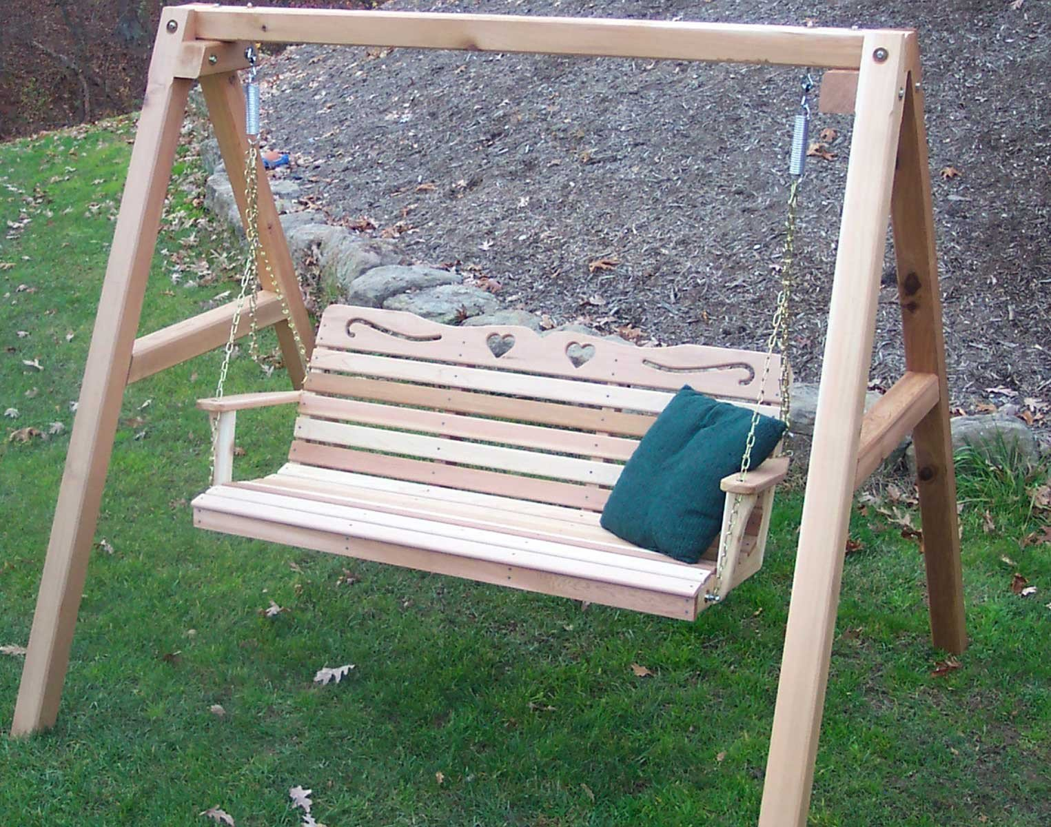 Creekvine Designs Cedar Royal Country Hearts Porch Swing w/Stand Porch Swings