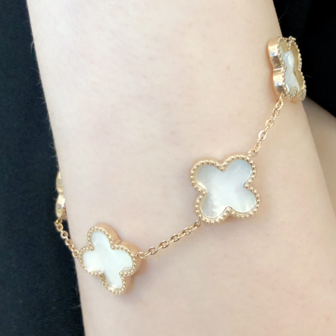 Farah - 18K Rose Gold Plated Clover Bracelet With Mother of Pearl Detail