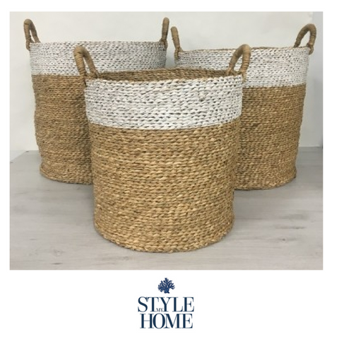 White Top Baskets With Handles