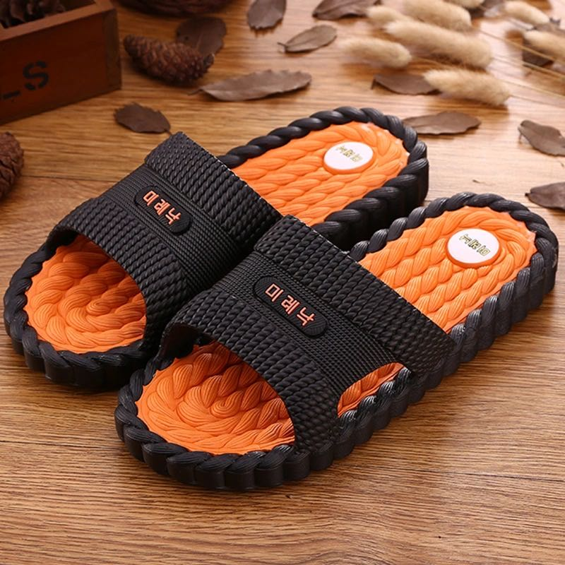 2020 New Slippers Male Summer Massage Indoor Home Couple Living Room Bathroom Non-Slip PVC Material Sandals And Slippers Male