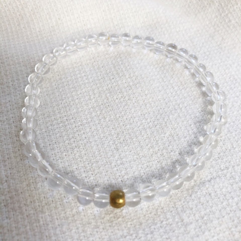 amplifier bracelet in clear quartz