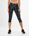 Print Mid-Rise Pocket 3/4 Compression Tights - Geo Stripe/Black