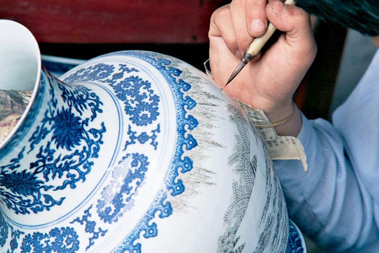 Porcelain and its history